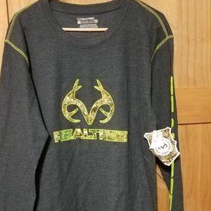 NWT Realtree XL shirt